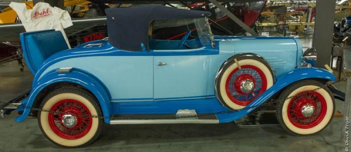 1932 Willys Overland 6-90